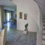 Villa Treppenhaus und Galerie